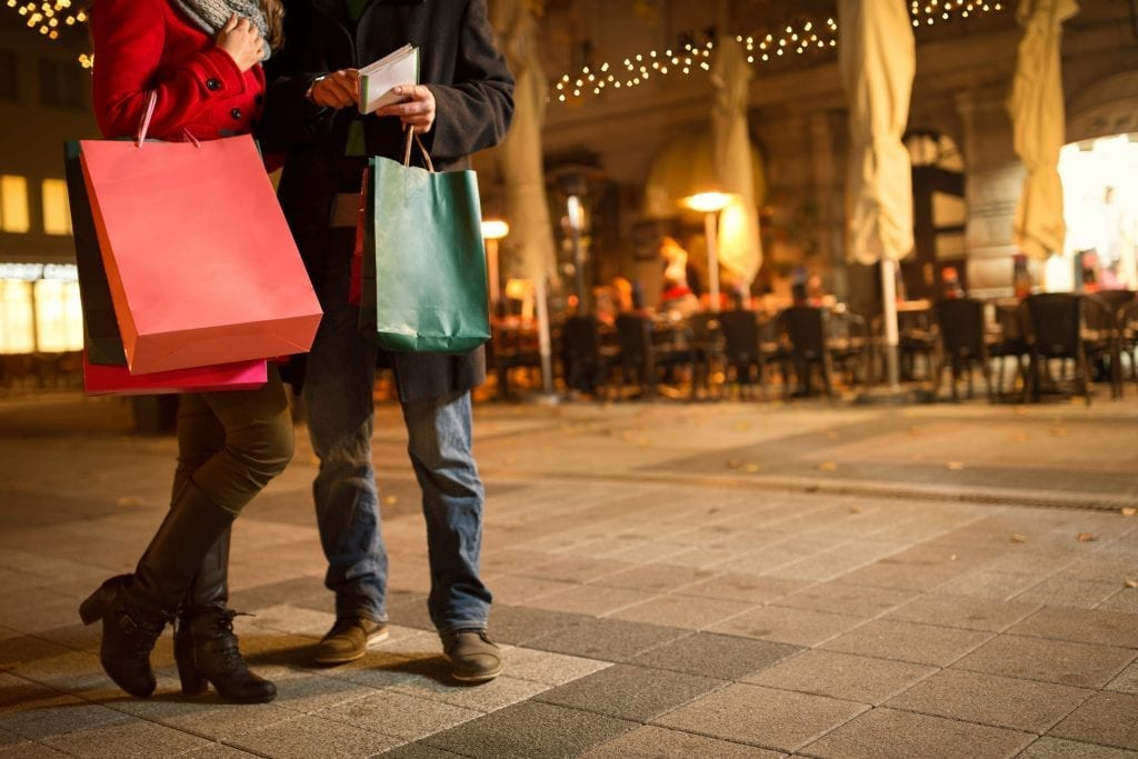 find a date while shopping